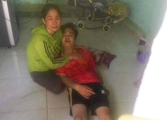 Tạm giữ người chồng câm điếc sau cái chết của vợ - Ảnh 1