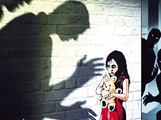 Điều tra nghi vấn nam điều dưỡng dâm ô nữ bệnh nhân 15 tuổi - Ảnh 1