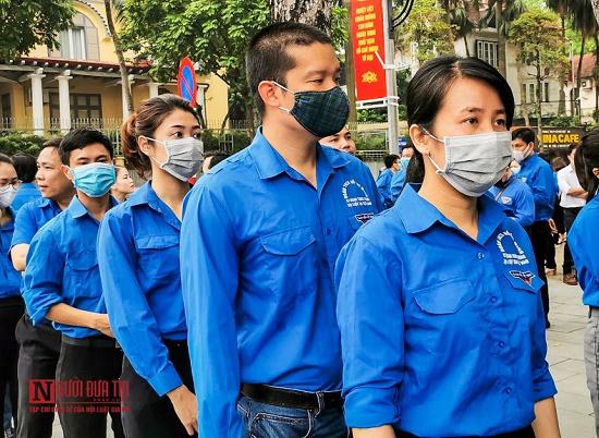 Đoàn thanh niên hội Luật gia Việt Nam viếng Lăng Chủ tịch Hồ Chí Minh - Ảnh 3