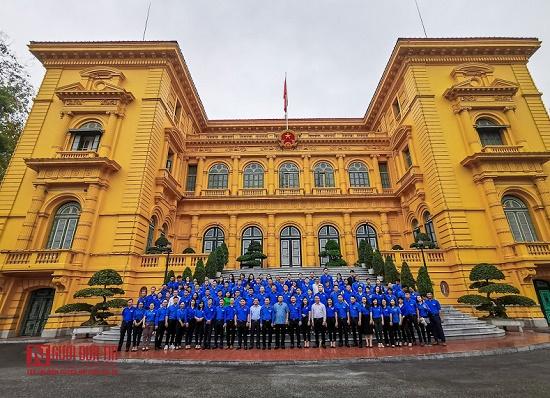 Đoàn thanh niên hội Luật gia Việt Nam viếng Lăng Chủ tịch Hồ Chí Minh - Ảnh 4