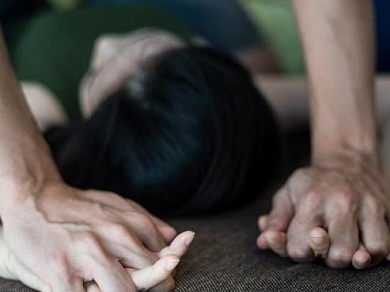 Bắc Giang: Điều tra vụ cụ ông 73 tuổi dâm ô bé gái 12 tuổi trước cửa nhà - Ảnh 1