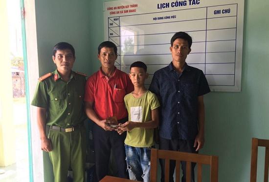 Học sinh lớp 6 tại Quảng Nam trả lại tài sản cho người đánh rơi - Ảnh 1