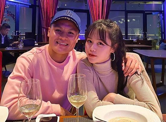 Huỳnh Anh chính thức về ra mắt, dòng bình luận của Quang Hải mới đáng chú ý - Ảnh 2