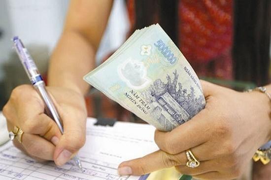 Những khoản thu nhập nào của công chức đồng loạt tăng trong thời gian tới? - Ảnh 1