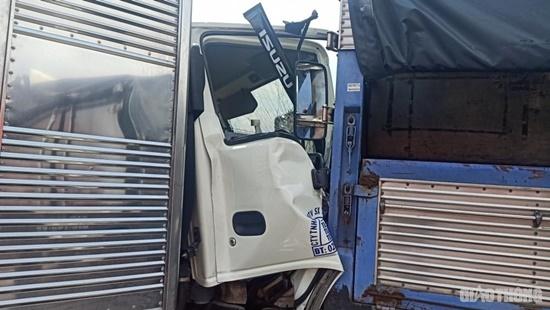 11 ô tô tông nhau liên hoàn tại quốc lộ 1A, 1 người bị thương, nhiều xe biến dạng - Ảnh 7