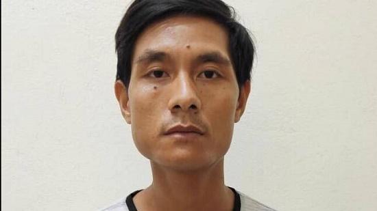 Tài xế đâm xe, kéo lê CSGT giữa phố Hà Nội bị khởi tố tội danh gì? - Ảnh 1
