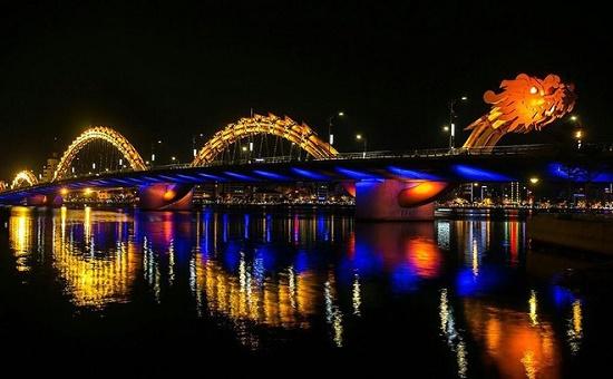 Đề xuất lập phố đèn đỏ ở Đà Nẵng - Ảnh 1