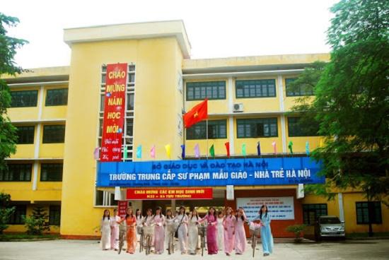 Hà Nội: Cần nghiên cứu kĩ lưỡng việc sáp nhập 21 trường trung cấp, cao đẳng thành 10 đơn vị - Ảnh 1