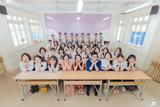 """""""Mở rộng tầm mắt"""" với bộ ảnh kỷ yếu """"chẳng giống ai"""" nhưng lại siêu tiết kiệm của học sinh Quảng Ninh - Ảnh 1"""