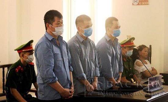 Điều tra vụ 2 tử tù chết trong tư thế treo cổ trong phòng biệt giam ở Bắc Kạn - Ảnh 1