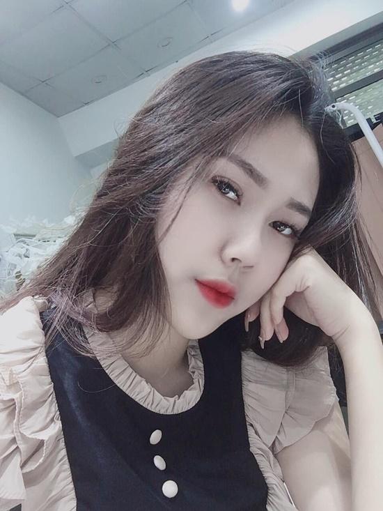 Nhan sắc đẹp đến nao lòng không thua kém gì đàn chị của nữ sinh nhỏ tuổi nhất Hoa hậu Việt Nam 2020 - Ảnh 3