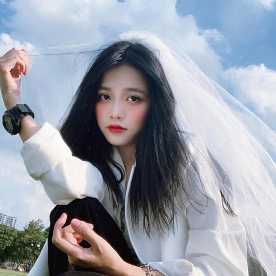 """Nữ sinh Hà Nội nhan sắc """"vạn người mê"""", sở hữu lượt theo dõi """"khủng"""" trên Tik Tok nhờ thứ quen thuộc này - Ảnh 2"""