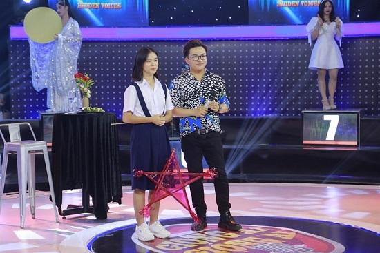 Nữ sinh lớp 9 gây sốt tại Giọng ải giọng ai giúp Kay Trần nhận ngay 50 triệu đồng  - Ảnh 2
