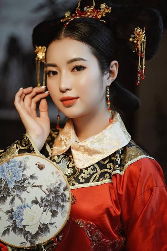 """Trước """"con nhà người ta"""" Khánh Vy, những hotgirl nào từng tốt nghiệp bằng giỏi Học viện Ngoại giao? - Ảnh 6"""