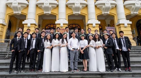 """Lớp học siêu đỉnh hội tụ toàn """"cao thủ học đường"""" ở Hà Nội, con số đỗ trường chuyên gây """"choáng váng"""" - Ảnh 1"""