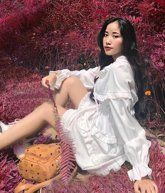 """Nữ sinh Đắk Lắk sở hữu vóc dáng quyến rũ, gợi cảm cùng vòng em """"con kiến"""" vạn người mê - Ảnh 6"""