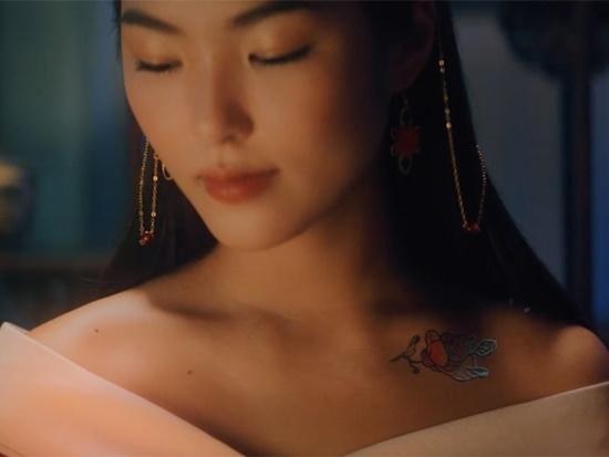 """Cộng đồng mạng """"điên đảo"""" trước nhan sắc nữ chính trong MV """"Hoa Hải Đường"""" của Jack - Ảnh 1"""
