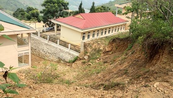 Trường học ở Thanh Hóa bị sụt lún nghiêm trọng, học sinh phải đi học nhờ: Trưởng phòng GD&ĐT thông tin bất ngờ - Ảnh 6