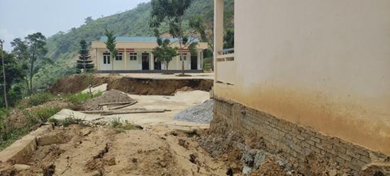Trường học ở Thanh Hóa bị sụt lún nghiêm trọng, học sinh phải đi học nhờ: Trưởng phòng GD&ĐT thông tin bất ngờ - Ảnh 7