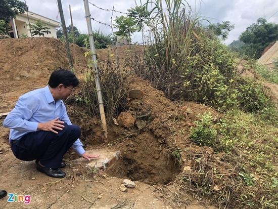Xót xa hiện trường vụ đổ cổng khiến 3 học sinh tử vong tại Lào Cai - Ảnh 5