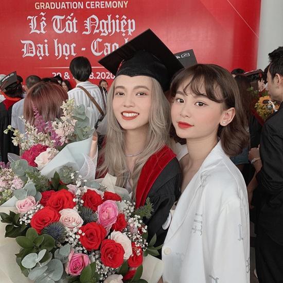 Nữ sinh đại học Văn Lang xinh đẹp tựa thiên thần trong lễ tốt nghiệp, là em gái của một MC đình đám - Ảnh 5