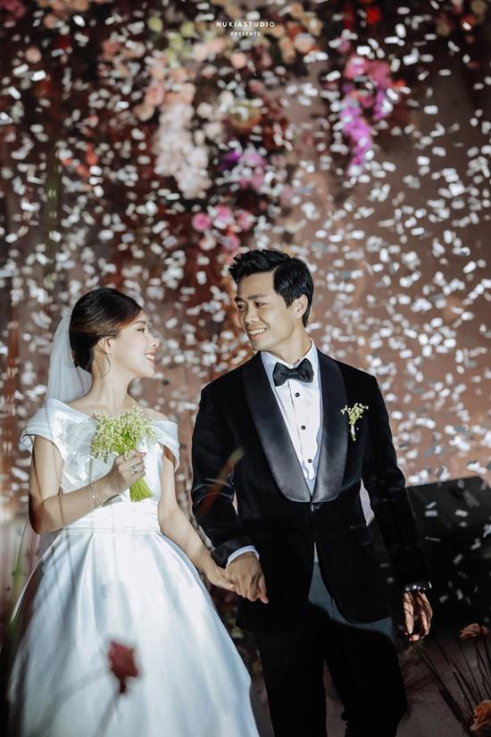 """Công Phượng tung bộ ảnh """"full HD"""" sau đám cưới, nhìn ảnh cuối mới biết yêu bà xã thế nào - Ảnh 9"""
