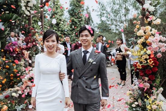 """Công Phượng tung bộ ảnh """"full HD"""" sau đám cưới, nhìn ảnh cuối mới biết yêu bà xã thế nào - Ảnh 10"""