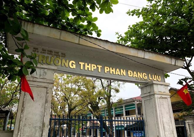 Vụ nổ bình ga lúc thi nấu ăn, 4 nữ sinh bị bỏng: Sở GD&ĐT Thừa Thiên - Huế nói gì? - Ảnh 1
