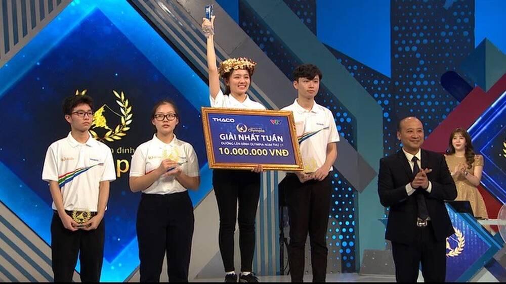 """Nữ sinh Thái Nguyên giành vòng nguyệt quế Olympia đúng chuẩn mẫu """"con nhà người ta"""" - Ảnh 2"""