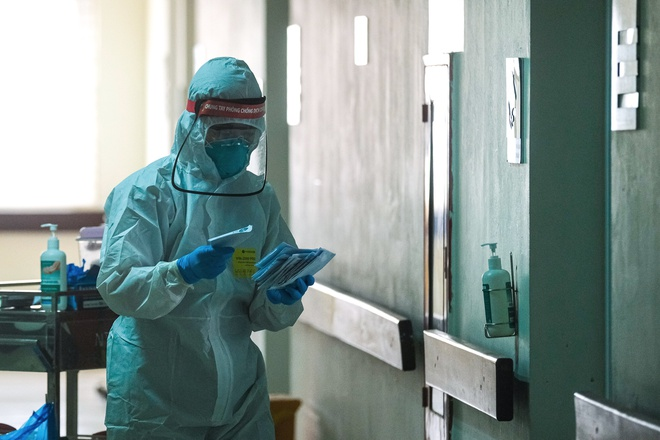 Thanh niên 28 tuổi dương tính lần 1 với SARS-CoV-2 ở Hà Nam tiếp xúc với những ai? - Ảnh 1