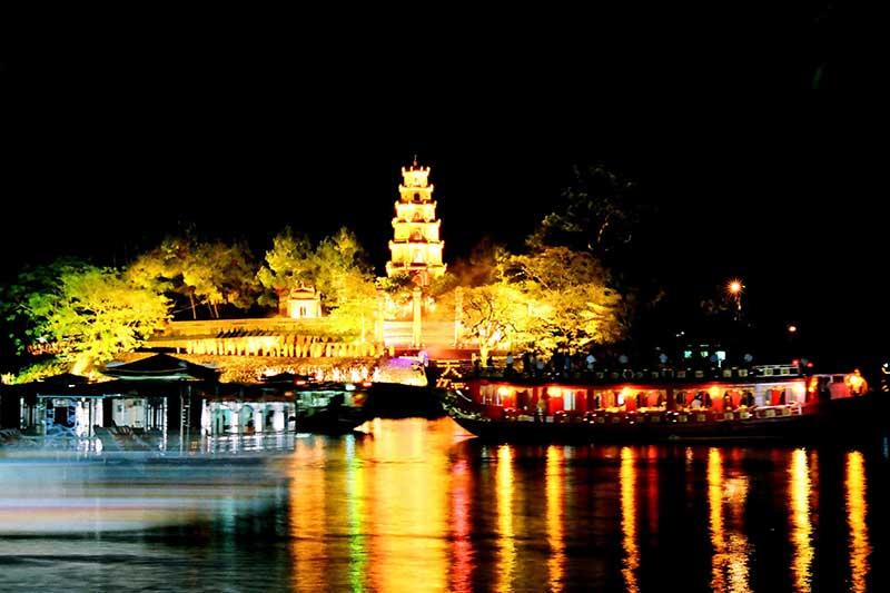 3 địa điểm du lịch tâm linh miền Trung lý tưởng – cho chuyến đi cuối năm thêm phần trọn vẹn  - Ảnh 4