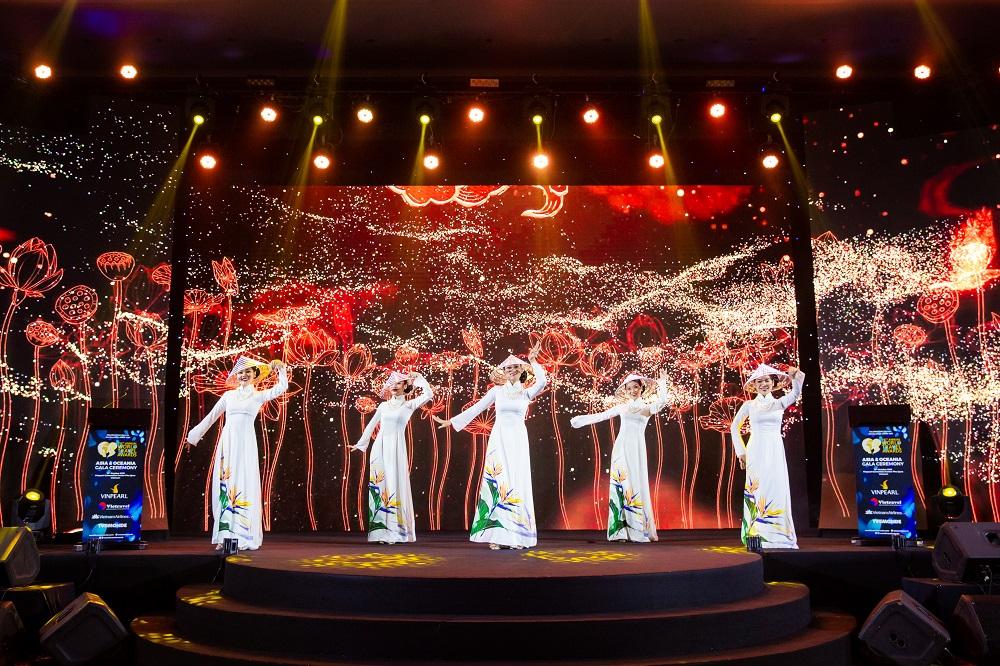 Dấu ấn Việt Nam và Vinpearl Phú Quốc tại Lễ trao giải WTA 2019  - Ảnh 2
