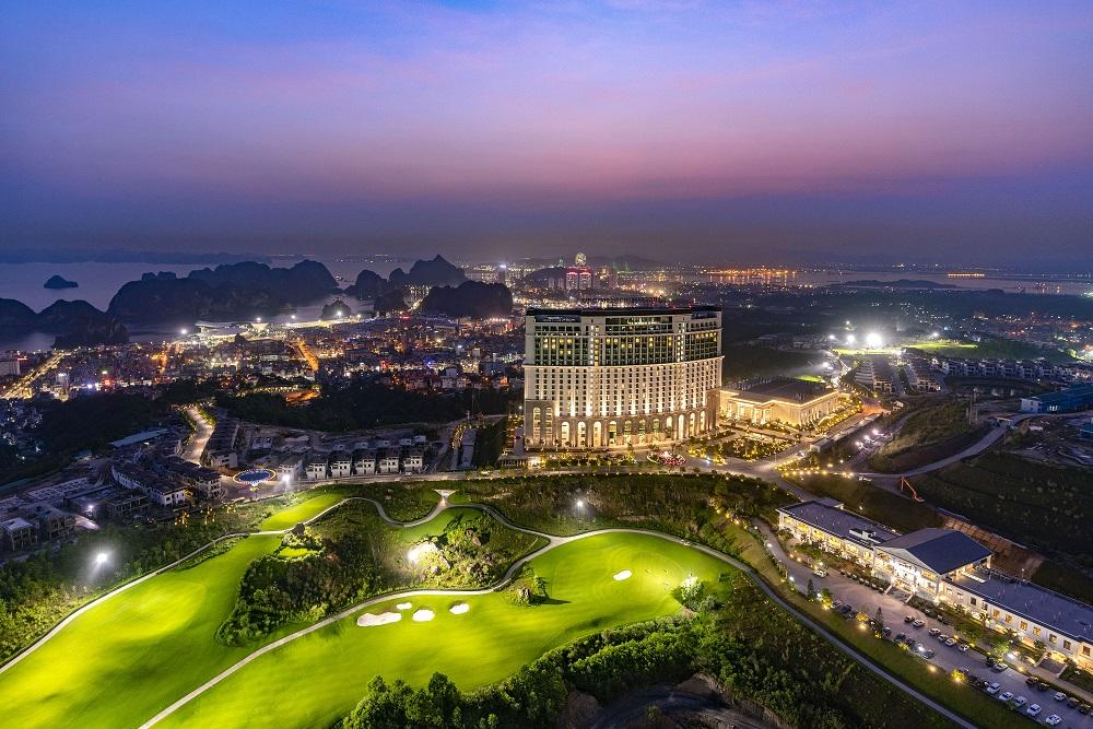 5 điểm nhấn độc đáo tại khách sạn hội nghị hàng đầu châu Á FLC Hạ Long  - Ảnh 1