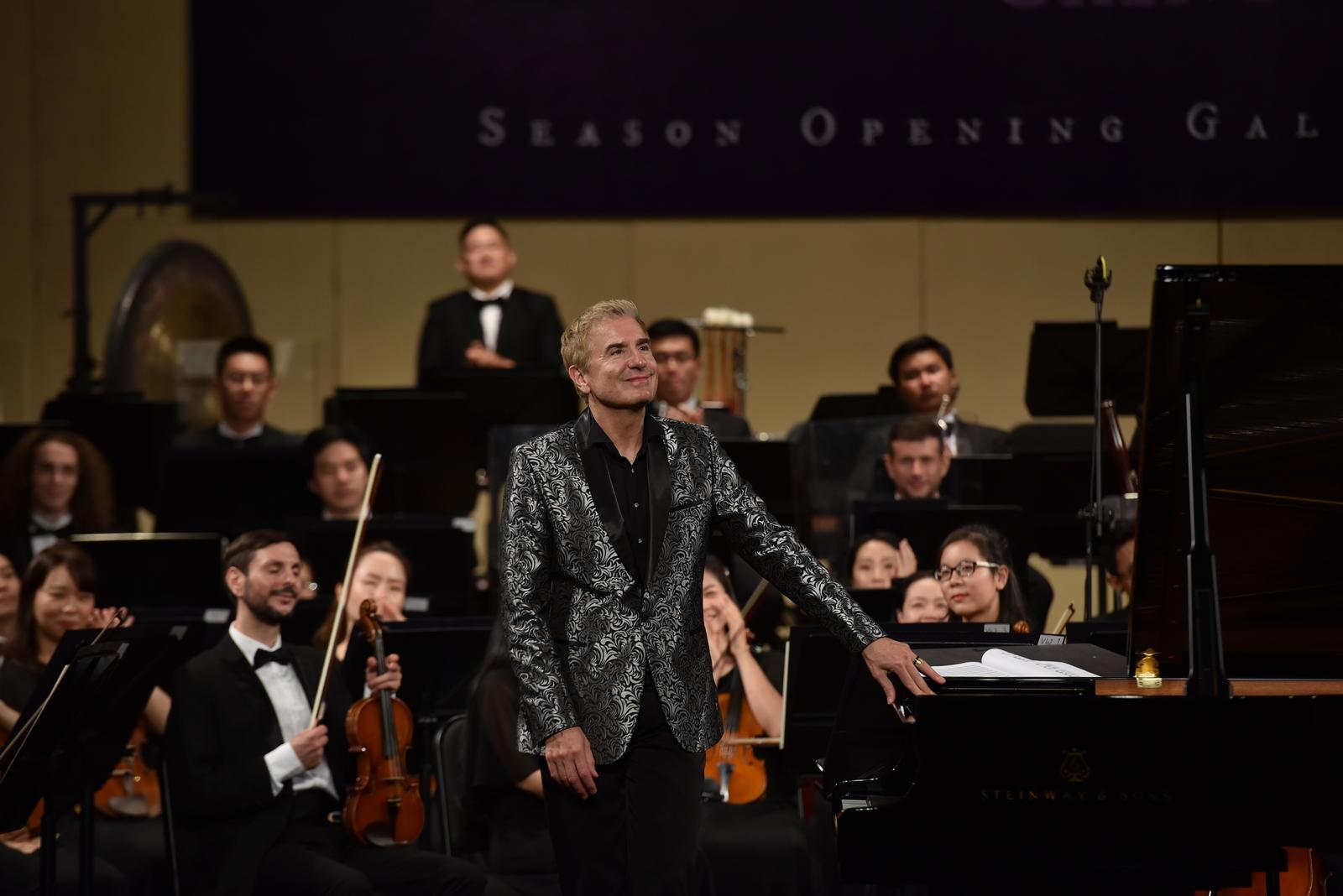 """Khán giả thủ đô say mê trong đêm nhạc """"Thibaudet trình diễn Saint-Saëns"""" đầy cảm xúc  - Ảnh 6"""