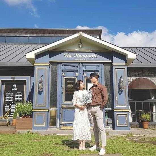 """Những địa điểm selfie đẹp """"không góc chết"""" dành cho các cặp đôi tại đảo Jeju, Hàn Quốc - Ảnh 1"""