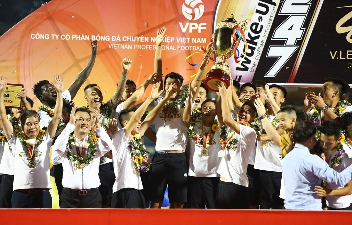 Cổ động viên được tặng vé gặp Quang Hải, Bùi Tiến Dũng… khi mua vé trận bán kết CUP Quốc gia - Ảnh 1
