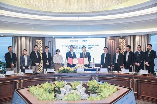 Tập đoàn FLC và Samsung hợp tác chiến lược phát triển toàn diện  - Ảnh 1