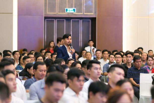 Giới trẻ Việt khắp thế giới đổ về Việt Nam học phi công  - Ảnh 4