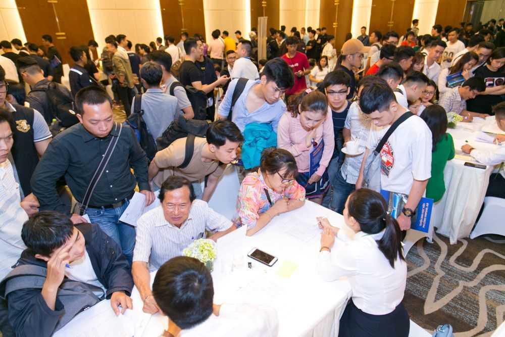 Giới trẻ Việt khắp thế giới đổ về Việt Nam học phi công  - Ảnh 8
