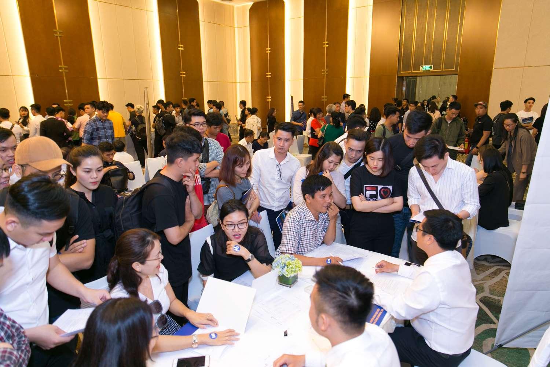 Giới trẻ Việt khắp thế giới đổ về Việt Nam học phi công  - Ảnh 9
