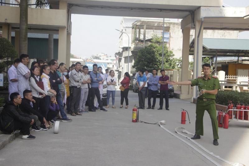Bệnh viện Bãi Cháy chú trọng, tăng cường công tác phòng cháy, chữa cháy  - Ảnh 3