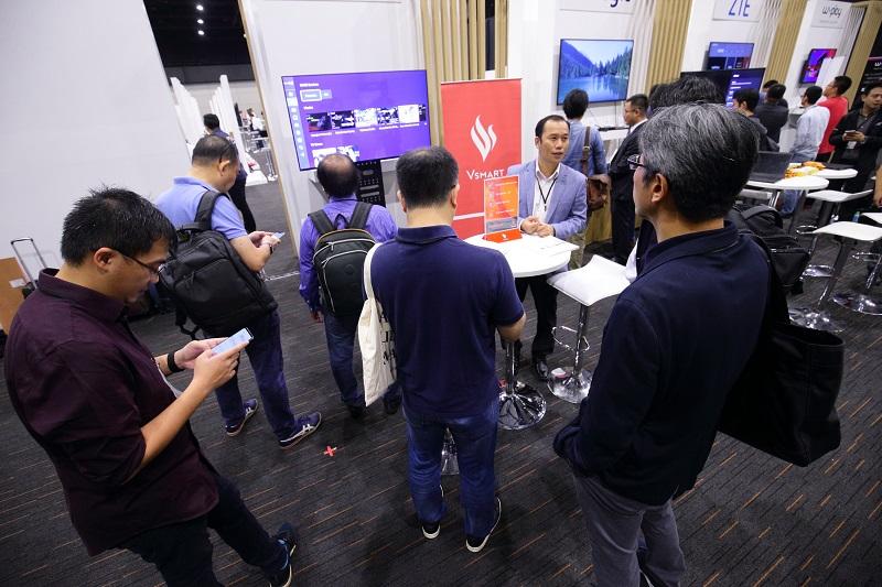 VinSmart ra mắt ti vi thong minh chạy hệ điều hành Android TV của Google  - Ảnh 4