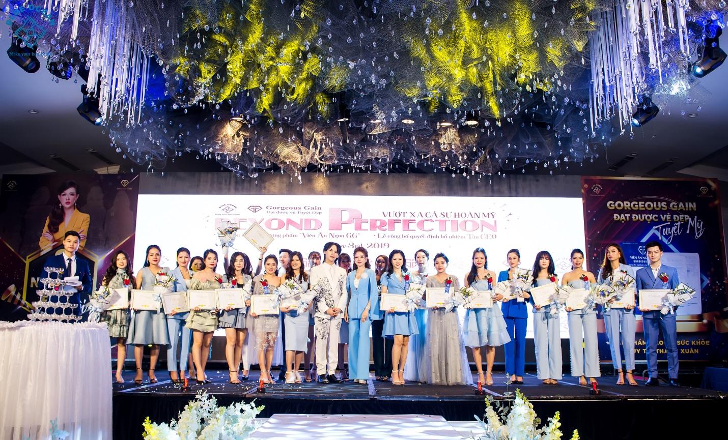 Công ty dược phẩm quốc tế Blue Ocean tổ chức lễ giới thiệu sản phẩm mới và vinh danh hệ thống nhà phân phối xuất sắc  - Ảnh 2
