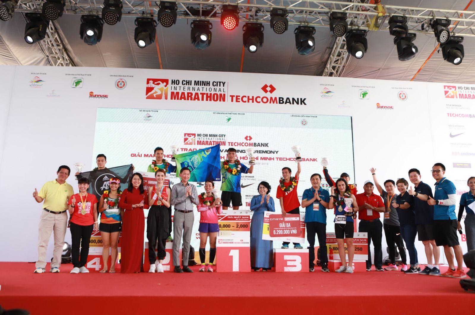 """Hành trình lan tỏa """"vượt trội hơn mỗi ngày"""" cùng giải Marathon Quốc tế TP. HCM Techcombank 2019  - Ảnh 1"""