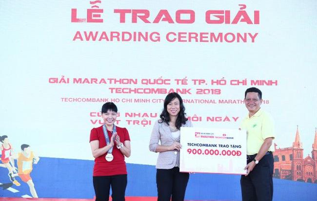 Hướng đến cộng đồng: giải Marathon quốc tế TP. HCM Techcombank 2019 thu hút gần 13.000 người tham dự - Ảnh 1