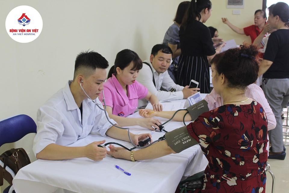 Bệnh viện đa khoa An Việt khám, cấp thuốc miễn phí tại phường Phương Liệt  - Ảnh 5