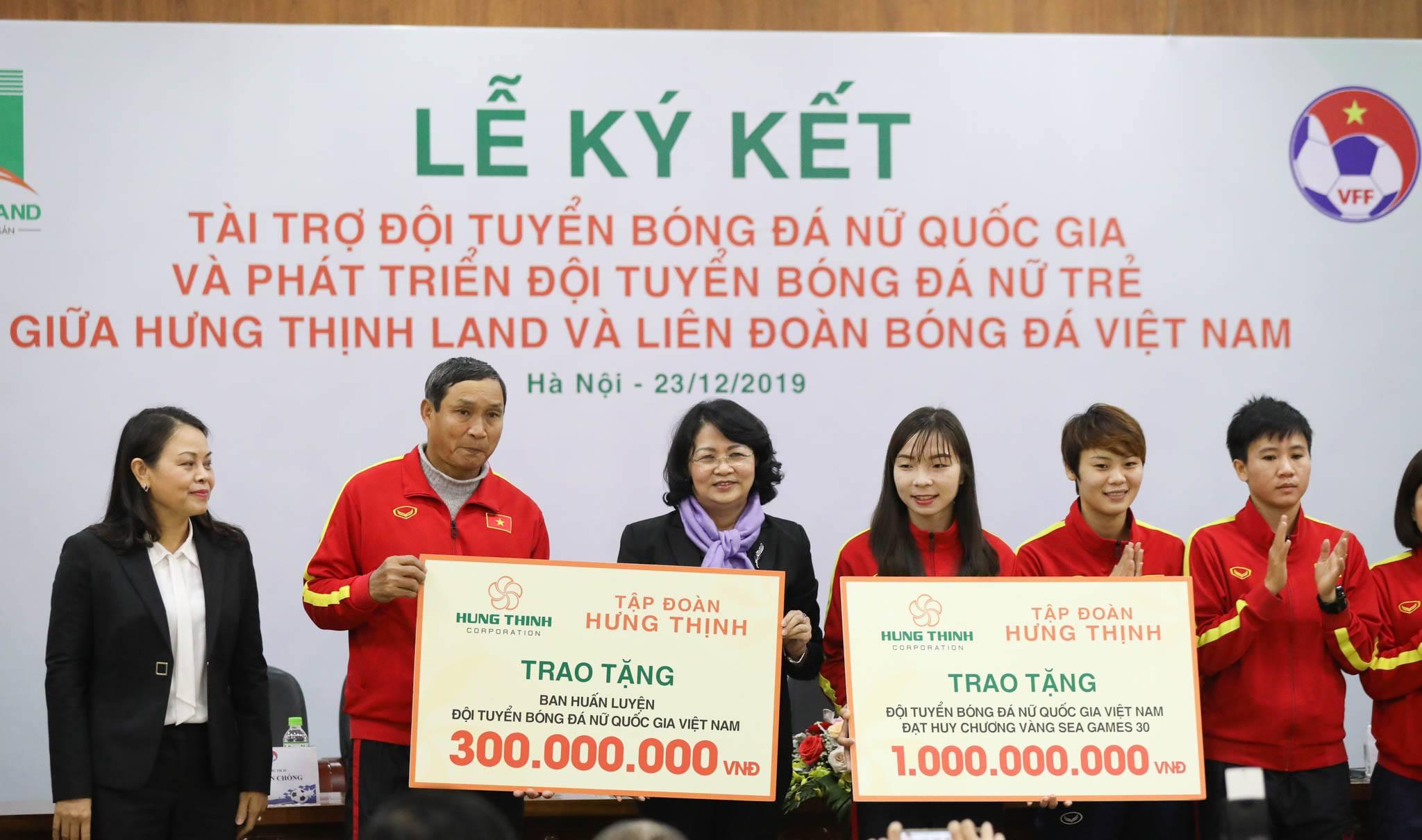 Hưng Thịnh Land tài trợ 100 tỷ đồng cho Đội tuyển bóng đá nữ Quốc gia và Phát triển Đội tuyển nữ trẻ hướng đến World Cup - Ảnh 3