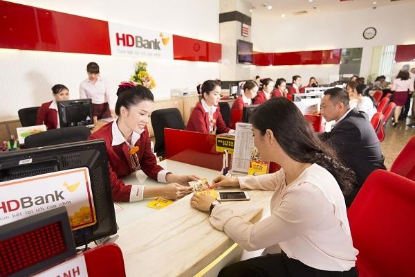 Gửi tiết kiệm tại HDBank, tuổi càng cao, ưu đãi càng nhiều - Ảnh 3