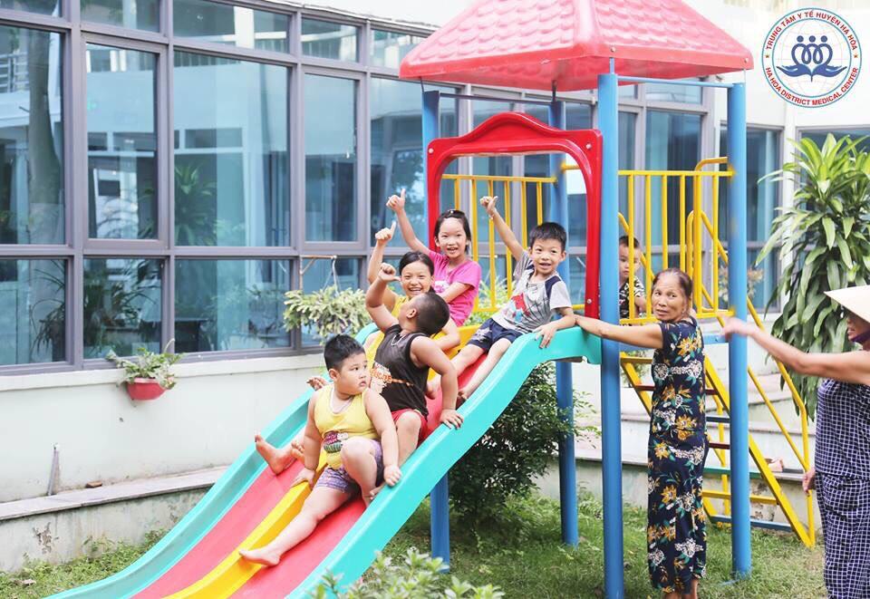 Trung tâm Y tế huyện Hạ Hòa: Xứng đáng lá cờ đi đầu trong công tác y tế tuyến huyện - Ảnh 7