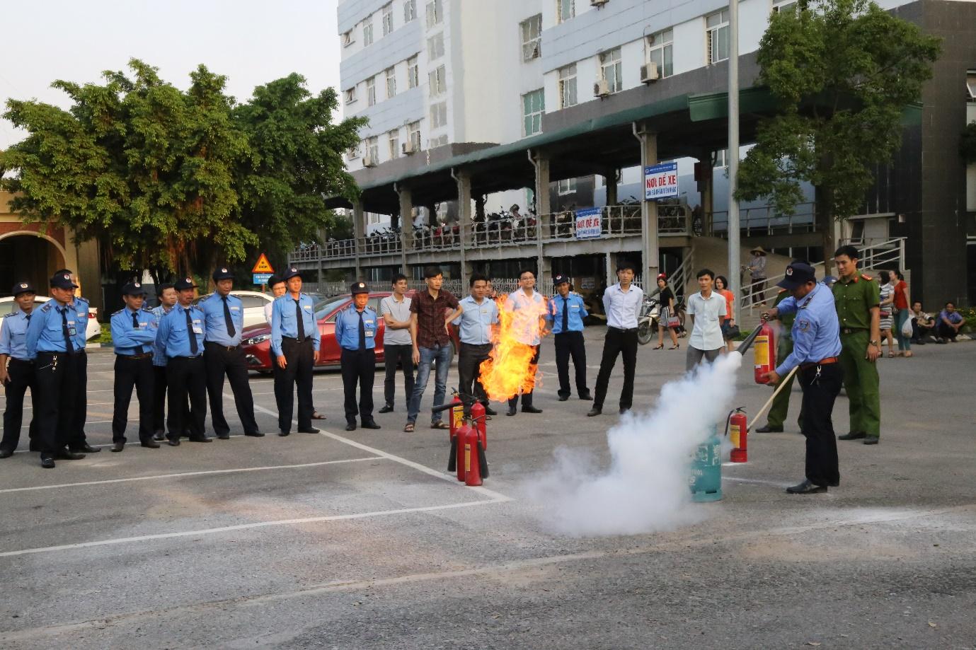 Bệnh viện Đa khoa tỉnh Phú Thọ chú trọng, tăng cường nâng cao công tác phòng cháy, chữa cháy - Ảnh 4